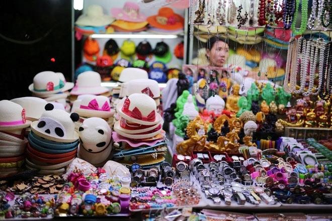 Chợ Đà Lạt về đêm có tên là chợ Âm Phủ - 1