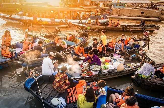 Chợ nổi Cái Răng - Làng ẩm thực trên sông nức tiếng miền tây