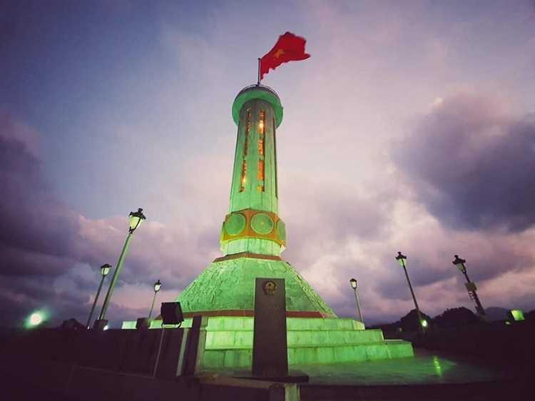 Cột cờ Lũng Cú, thiêng liêng đỉnh núi rồng 6