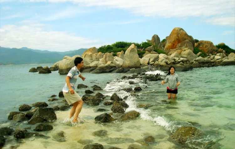 Du lịch Bình Ba, thanh xuân phải đến hòn đảo Nha Trang này nhé