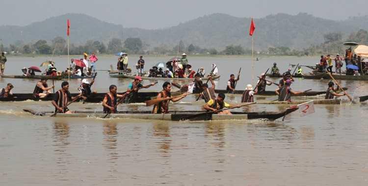 lể hội đua thuyền