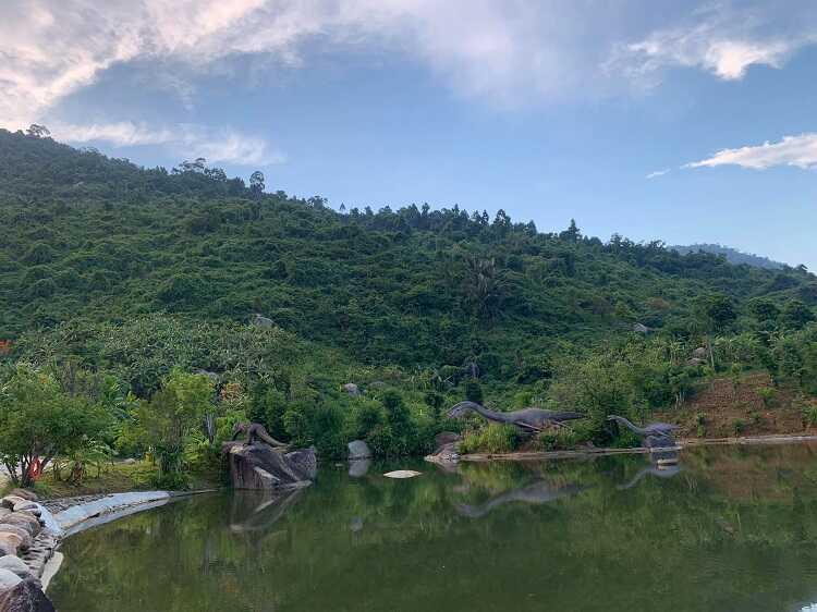 Công viên khủng long Jura Park