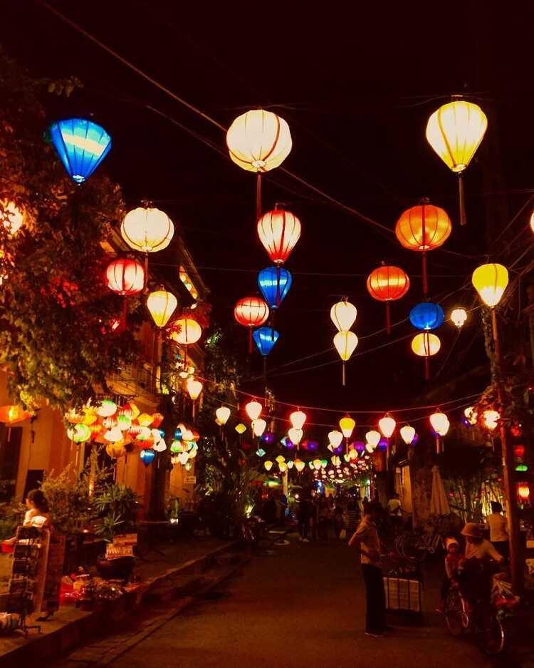phố cổ Hà Nội về đêm