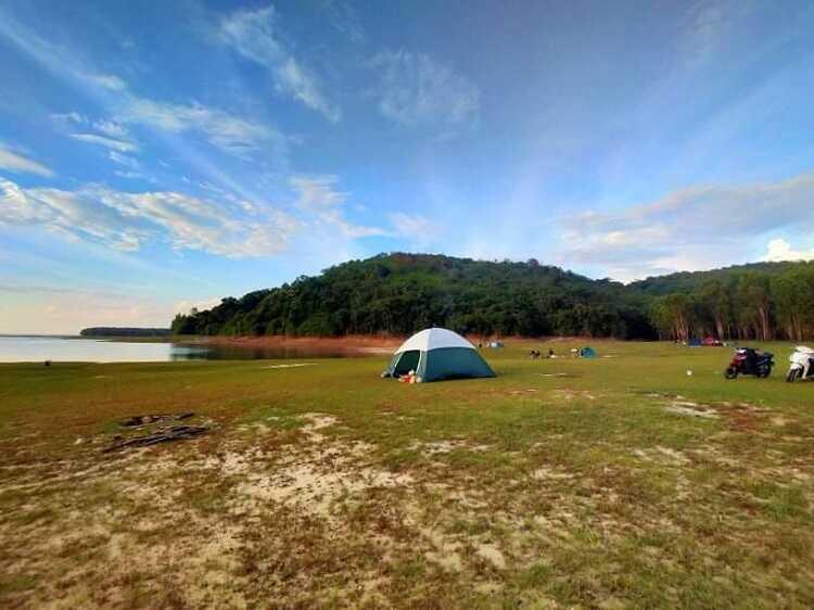 Hồ Dầu Tiếng, hồ nước nhân tạo với vẻ đẹp nên thơ vạn người mê