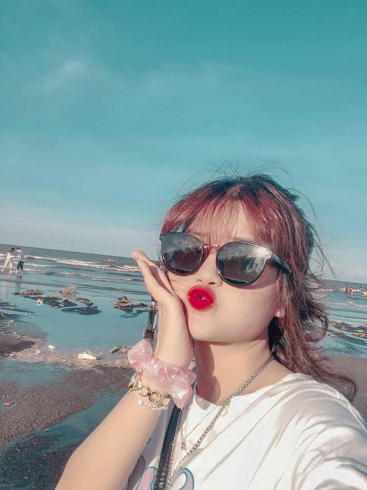 Bãi biển Quất Lâm nơi nổi tiếng với nạn mại dâm tệ nạn của xã hội