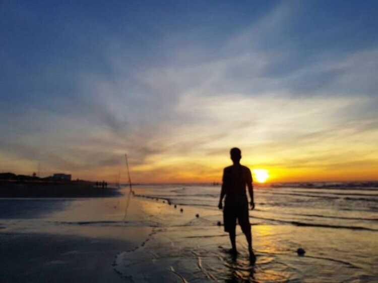 Bãi biển Quất Lâm Nam Định điểm ngắm bình minh và hoàng hôn siêu đẹp