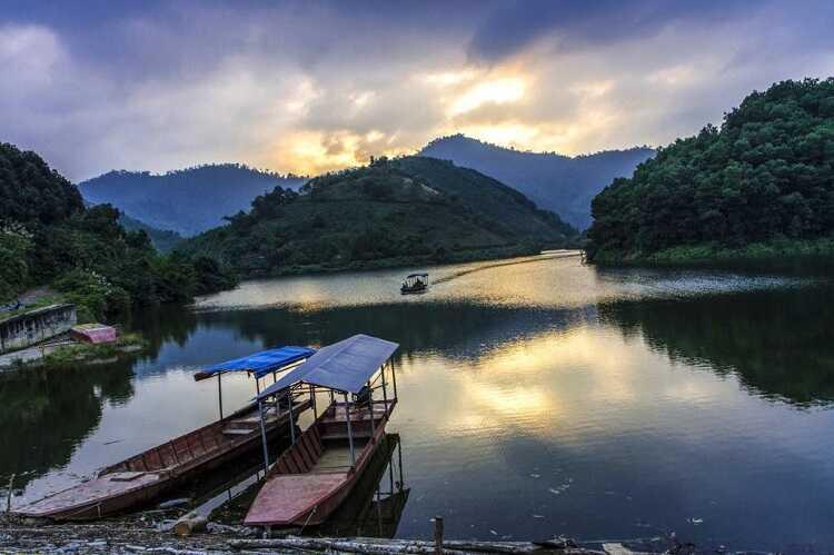 Hồ Ly Phú Thọ, một tuyệt tình cốc sống ảo cực đẹp ở xã Yên Lập