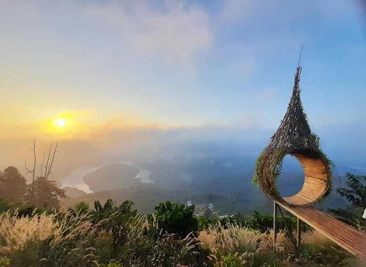 Hồ Tà Đùng, điểm ngắm hoàng hôn cực đẹp