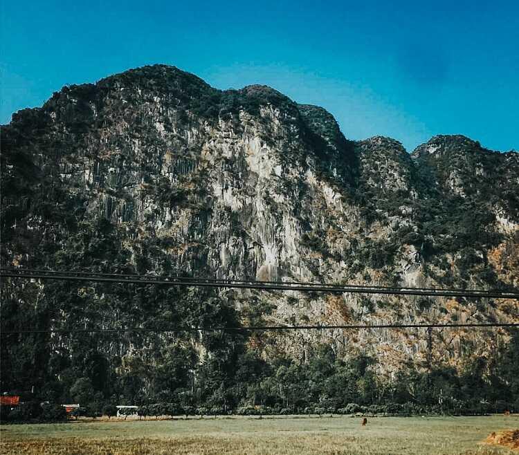 Núi Cấm Hà Nam
