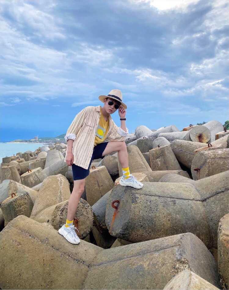 Bãi đá Ông Địa Mũi Né