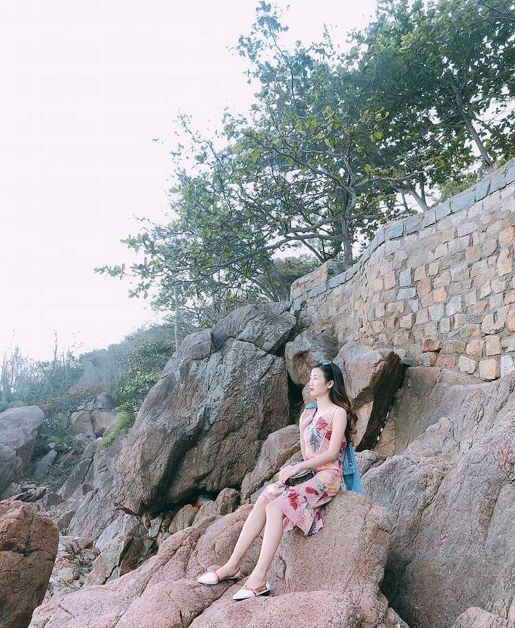 Bãi tắm Hoàng Hậu