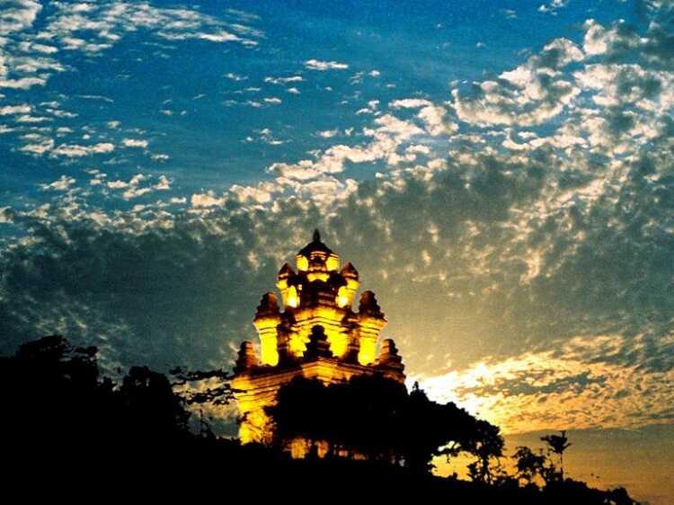 Tháp Nhạn