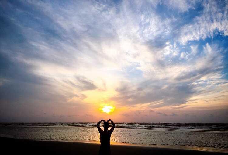 Bãi biển cồn Vành là thiên đường du lịch của Thái Bình mổi dịp hè đến
